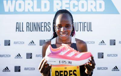 Nejrychlejší boty od adidas, adizero adios Pro, přichází v novém barevném provedení