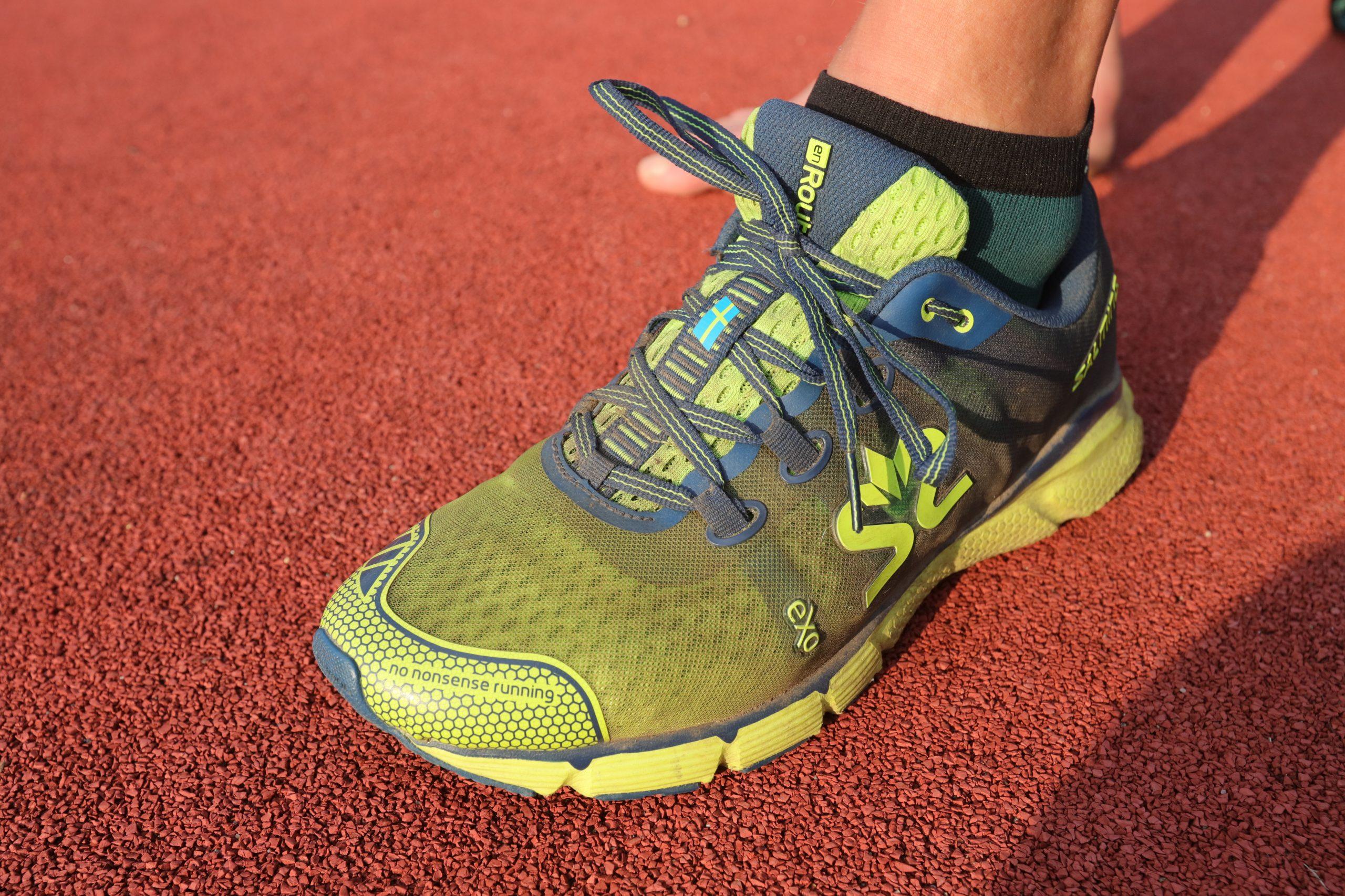 Povrch, po němž běháte, to je oč při výběru běžeckých bot běží odřená pata