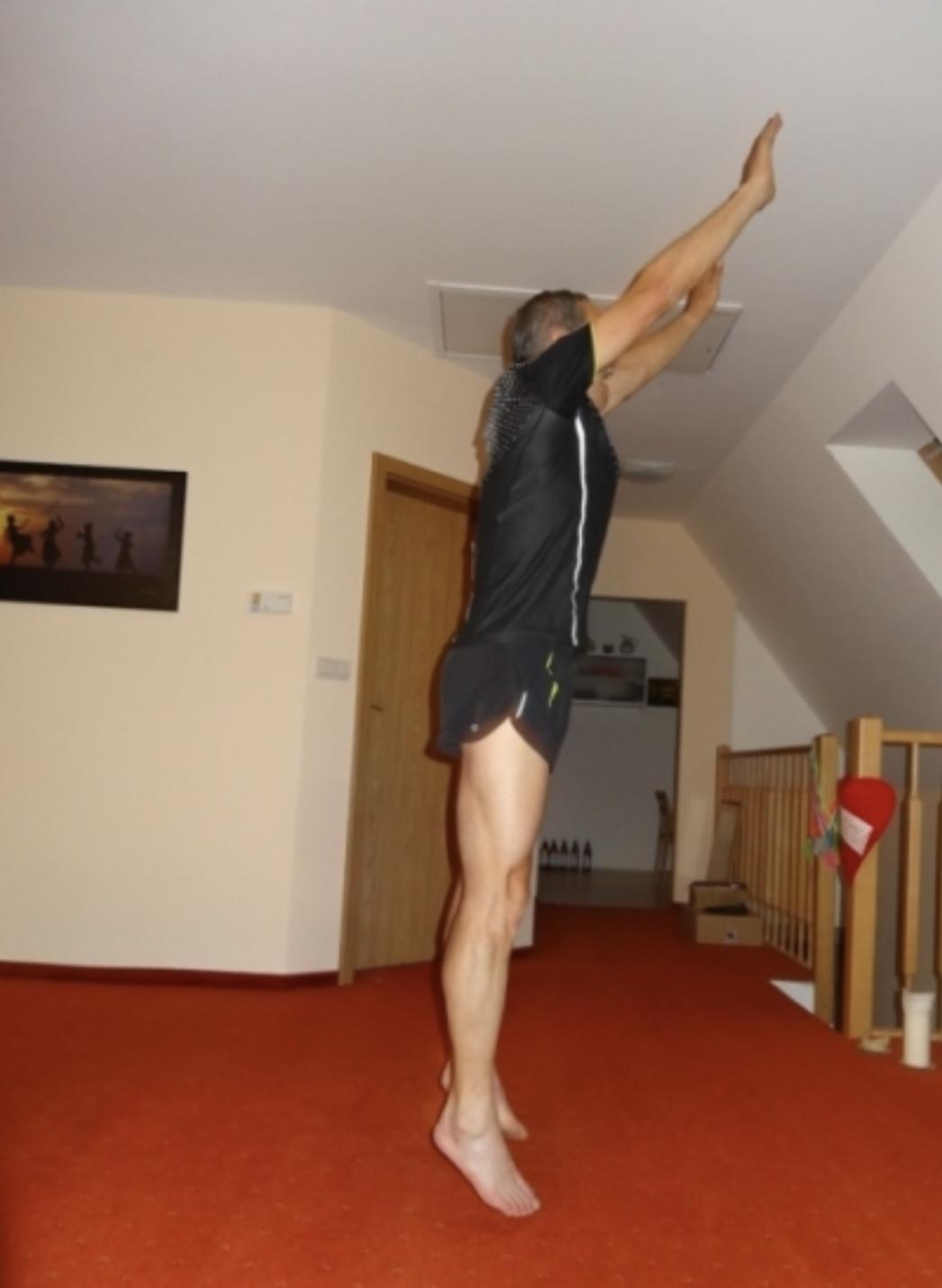 Speciální běžecký trénink, který vám pomůže se zlepšit o mnoho procent a tipy na léto - vyskoč