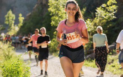 Královské lesní zážitky jménem Běhej lesy Karlštejn si odnáší celkem 2 578 běžců!